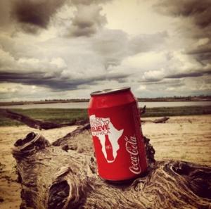 coca-cola στην έρημο Καλαζάρι