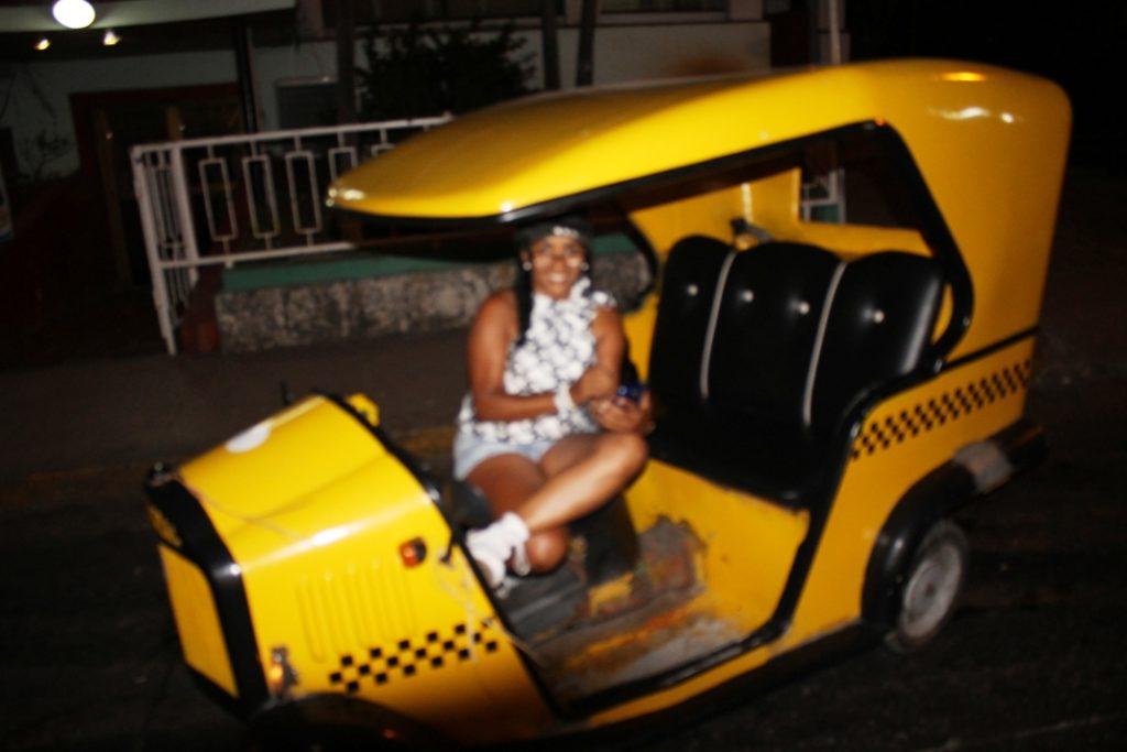 Coco-taxi girl