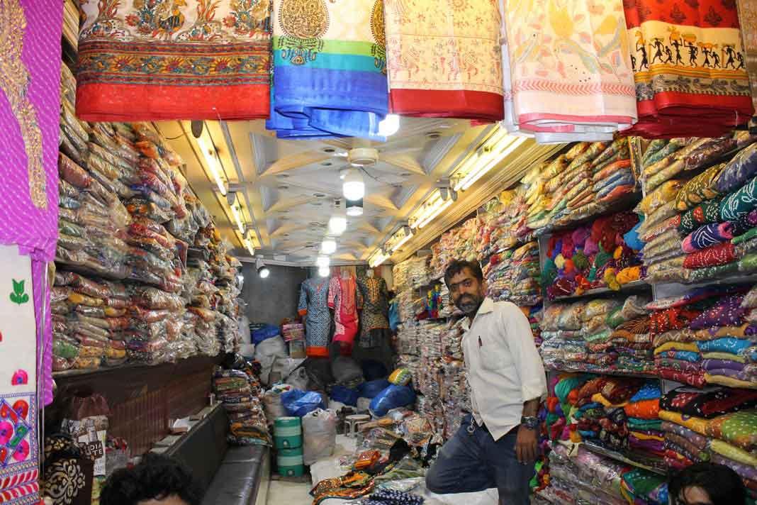 fabrics-market