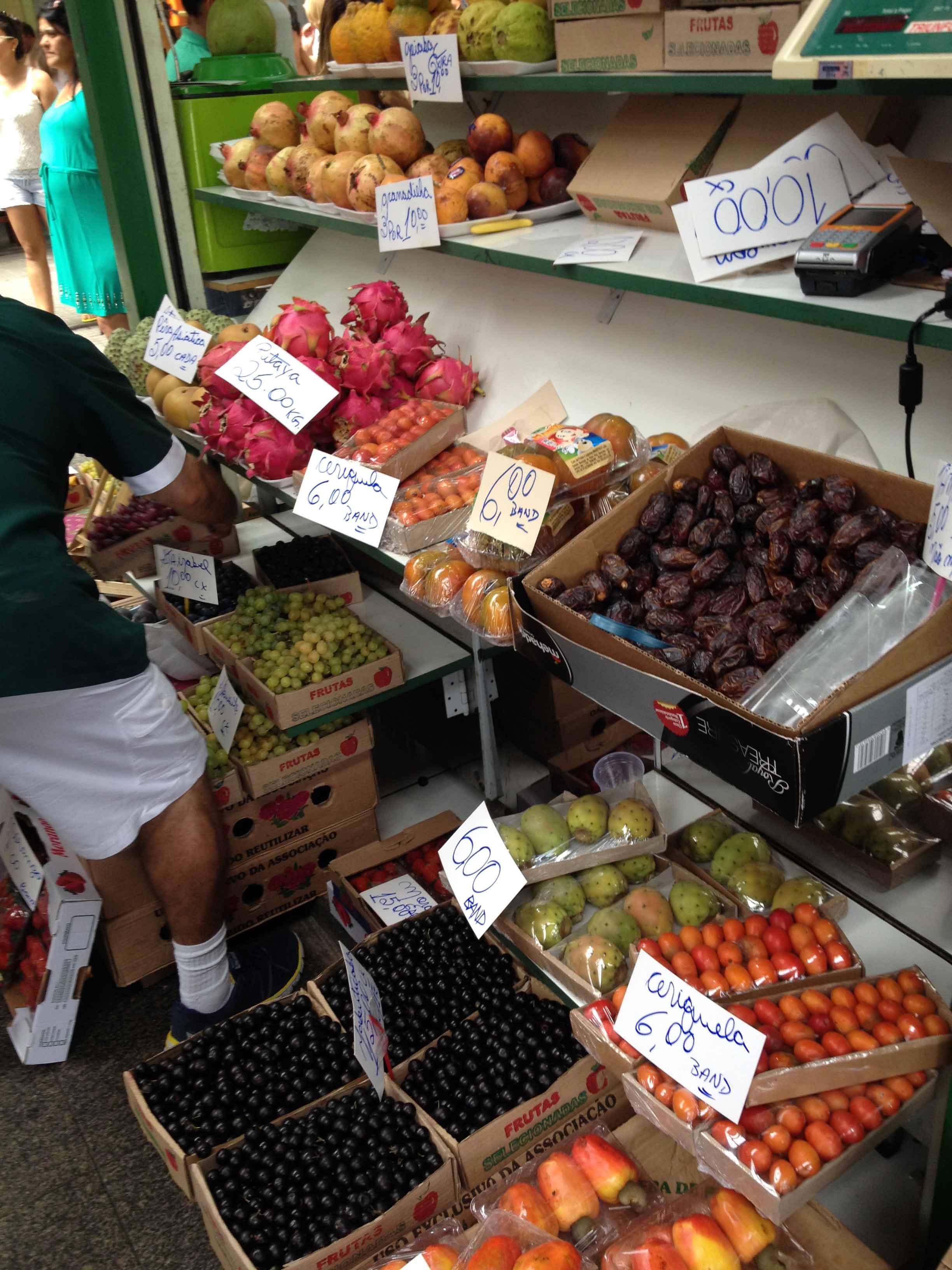 brazilian-fruits