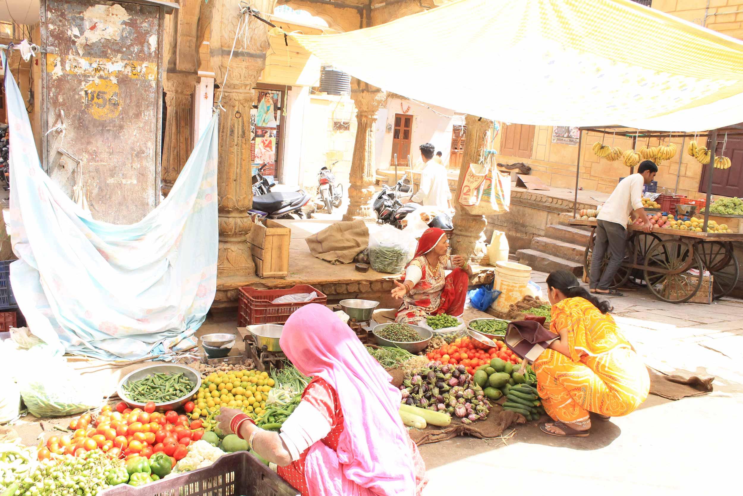 indian-fruitshop