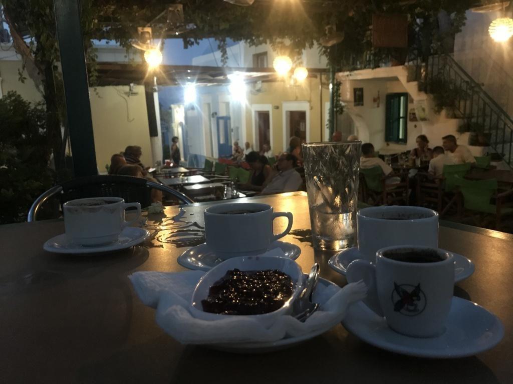 καφενείο-σύμη