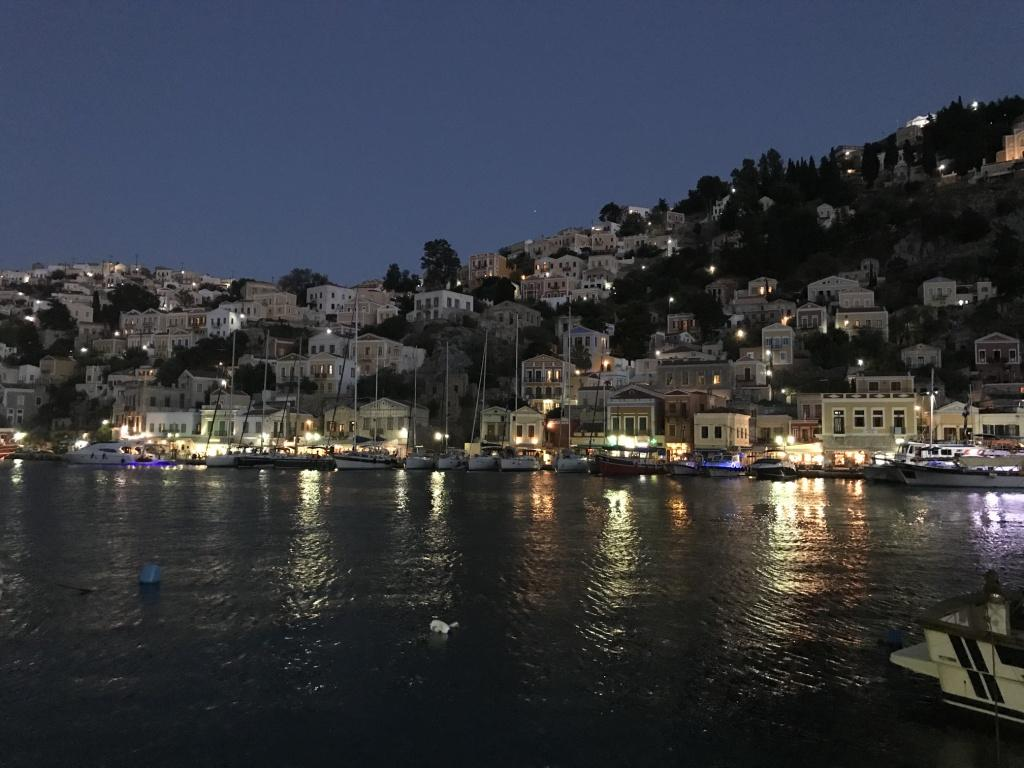 symi-by-night